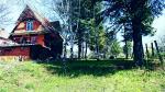 Kuca pored jezera na Avali -Trešnja